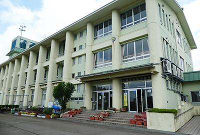 長岡市立桂小学校